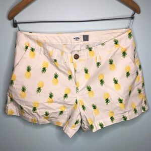 Old Navy Pineapple Shorts Size 4